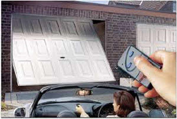 garagedoor1.jpg