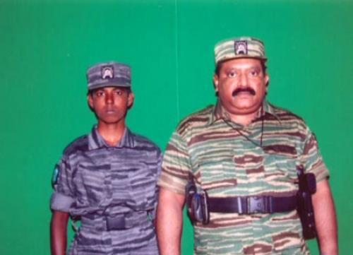 Bt Maj Kaninila with prabakaran