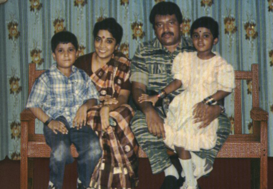 prabakaran family 29