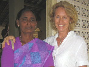 Filmmaker Beate Arnestad with the mother of Darshika