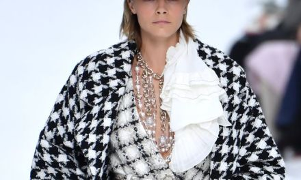 Karl Lagerfeld Created a Winter Wonderland for his final Chanel show