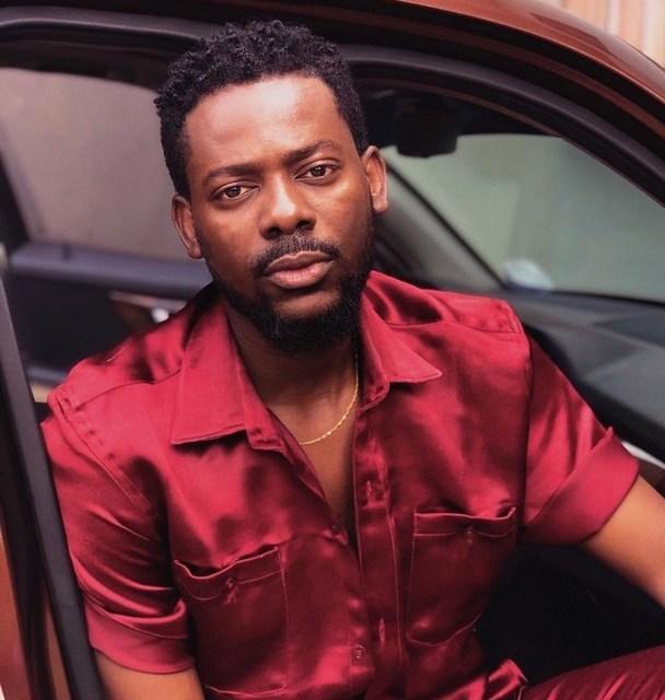 Adekunle Gold Buries Late Father in Lagos