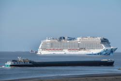 NORWEGIAN-BLISS_3704