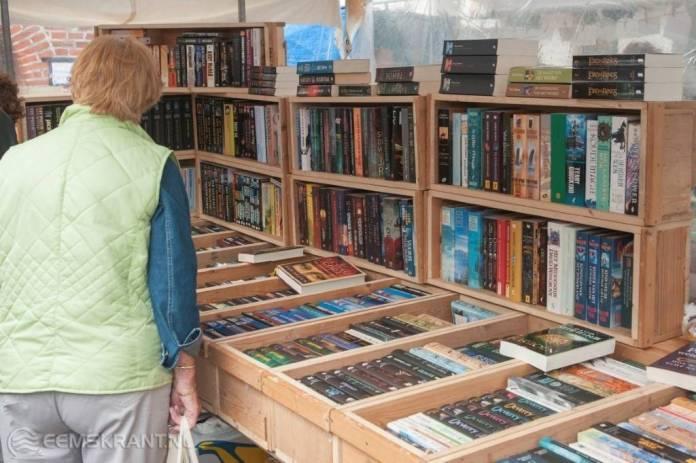 Boeken- en brocante markt voor het goede doel