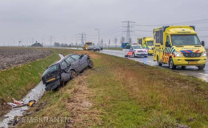 Meerdere gewonden bij ongeluk op N33 bij Spijk