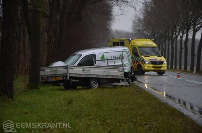Automobilist gewond bij eenzijdig ongeval op de N387 bij Siddeburen