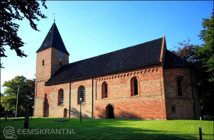 Nieuwe verlichting rondom de Nederlandse Hervormde Kerk in Siddeburen
