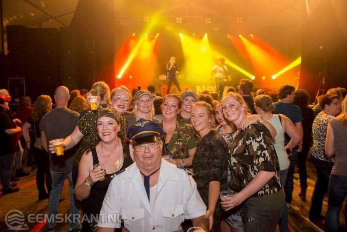 Fotoverslag: Geslaagd 90's feest als start 30e editie Schanspop Siddeburen