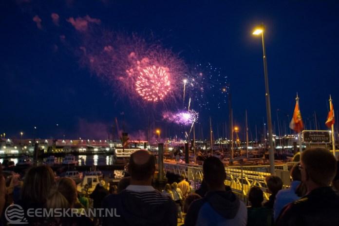 Pinksterfeesten Delfzijl afgesloten met vuurwerk