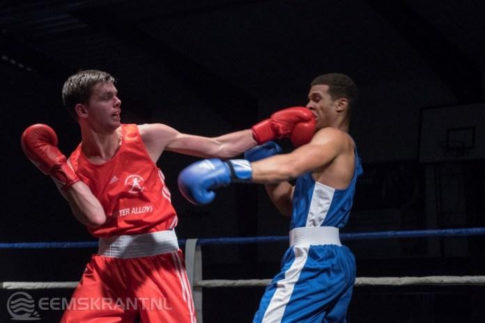 Bokser Jordy Schilthuis wint voor thuispubliek tijdens de tweede editie boksgala in Appingedam