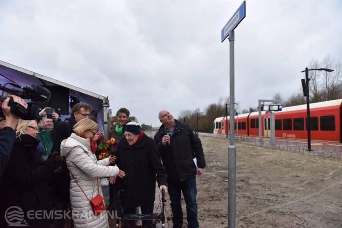 Nieuw station Roodeschool feestelijk in gebruik genomen