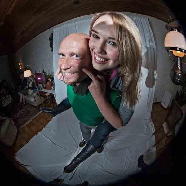 Grappige familiefotografie fotostudio aan huis spontane foto's