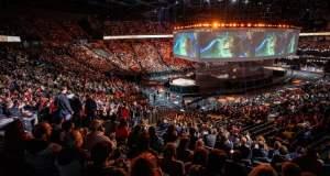 Lol Pariisi ja 15 000 hengen yleisö