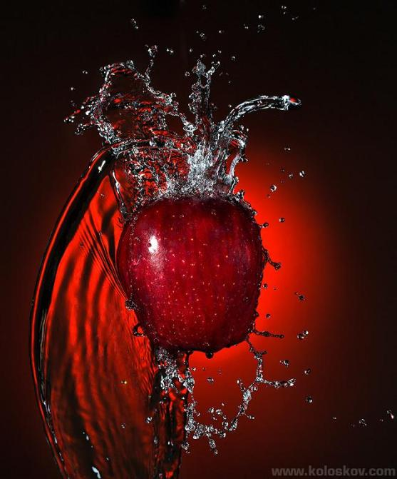 water-splash-apple
