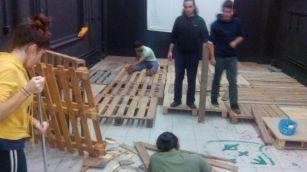 Ξανά-φτιάξιμο της σκηνής στο Μαύρο Κουτί