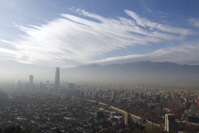 Vista de la contaminación sobre Santiago de Chile.