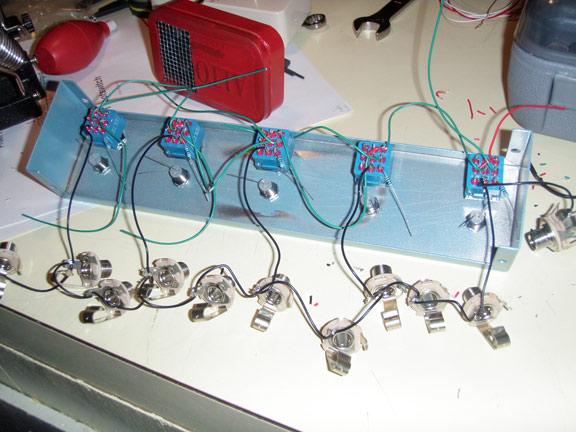 true bypass looper wiring diagram guitar jack loop strip effects bay from here