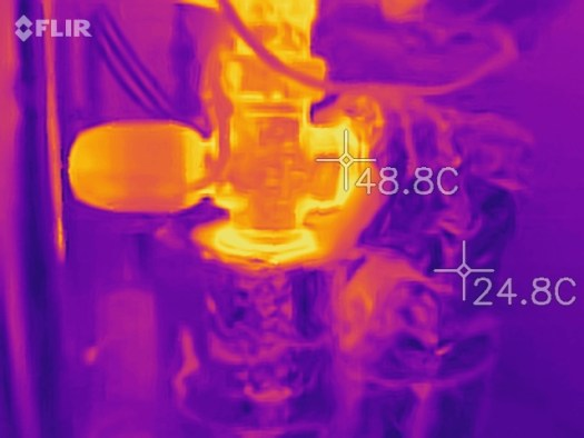 Infrared thermal imaging - Well insulated hot water pipes