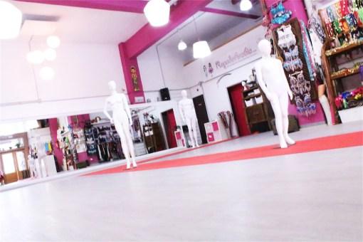 Sala Efímeral: Showrooms, Desfiles, Pasarelas, Exhibición Moda, Pop Up Stores 4