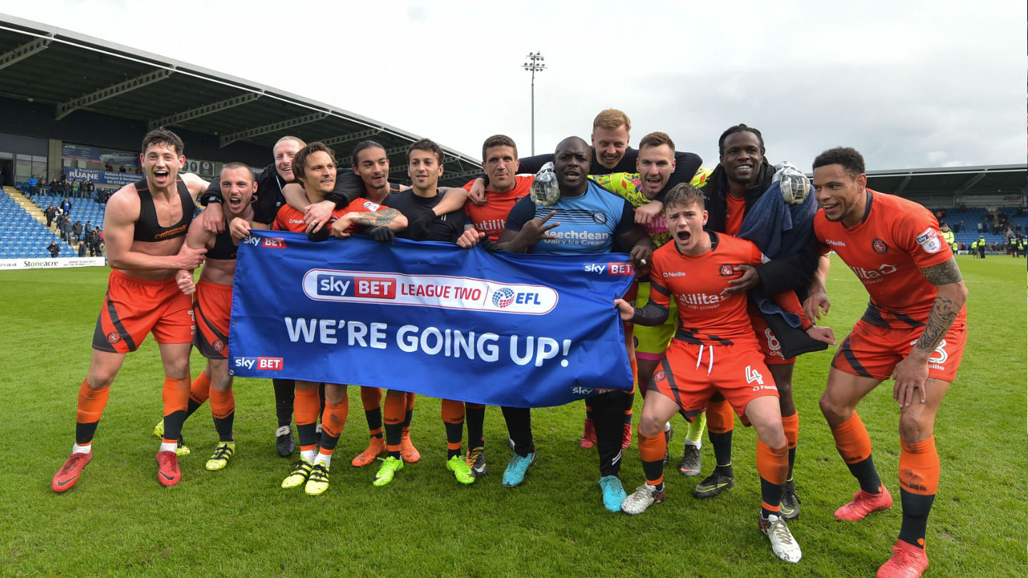 Wycombe Wanderers Chairboys clinch promotion to League