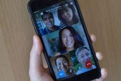 Facebook Group Video Call
