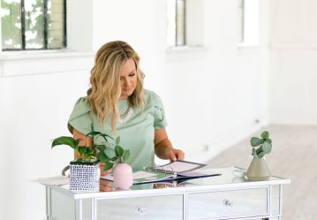 Work from Home: The Best and Most Profitable WFH Jobs for Moms