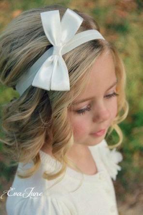 svečana frizura za devojčicu