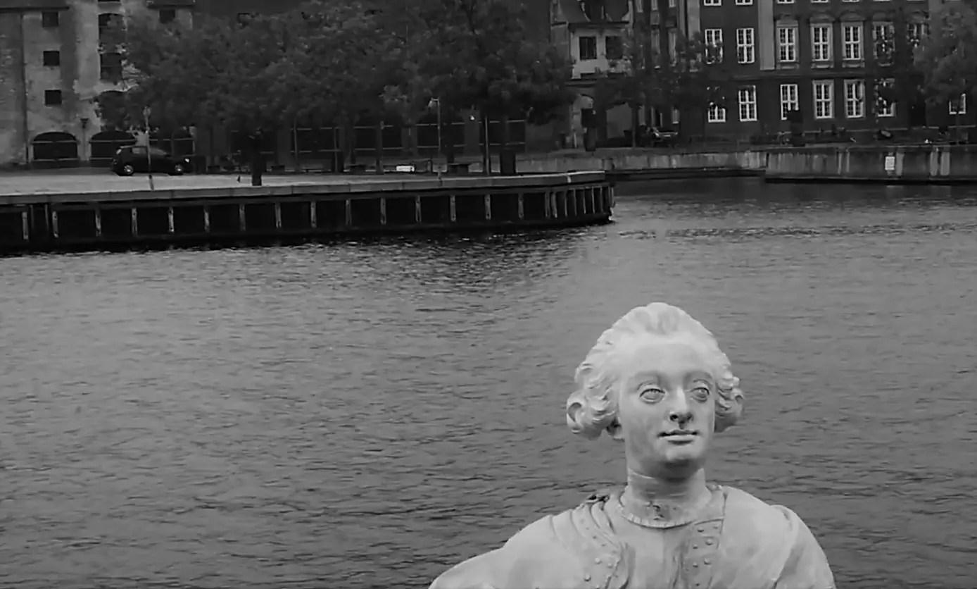 Kunstnar: Refleksioner over billedattentatet på statuen af Frederik V