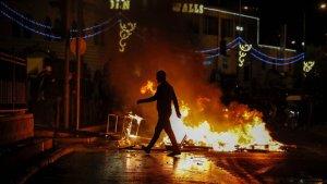 Jérusalem : 120 blessés dans des affrontements entre juifs d'extrême droite et Palestiniens