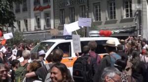 """La propagande suisse en panique : """"Les complotistes s'enflamment autour du coronavirus"""""""
