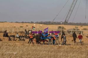 جمعة الأسير الفلسطيني: حشود الآلاف من الغزيين على حدود القطاع وفاء لأسرانا الأبطال . |