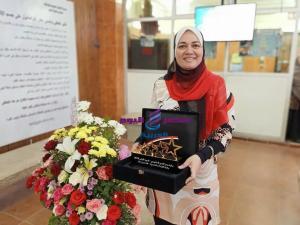 مدرية صحة الشرقية تهنئ د/إيناس حمدى لفوزها بجائزة المركز الأول للتميز الحكومى