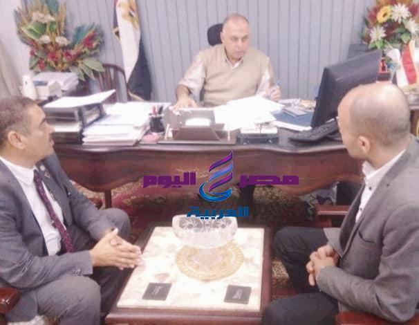 تكريم نائب محافظ القاهرة من منظمة حقوق الإنسان  