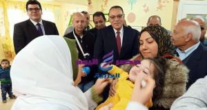 محافظ يعطى إشارة بدء الحملة القومية للتطعيم ضد شلل الأطفال | الحملة القومية