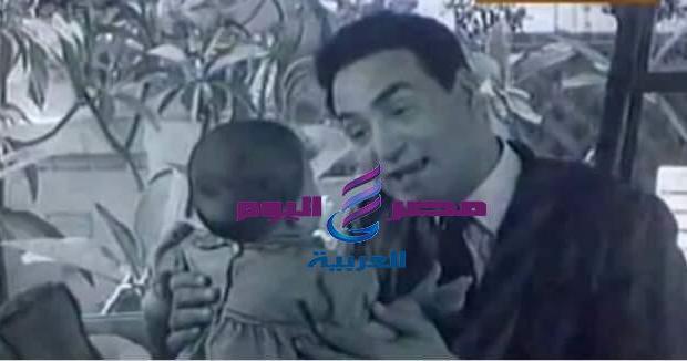 """طفل أغنية """"ماما زمانها جاية """" تظهر لة صورة بعد 62 عام .   ماما زمانها جاية"""