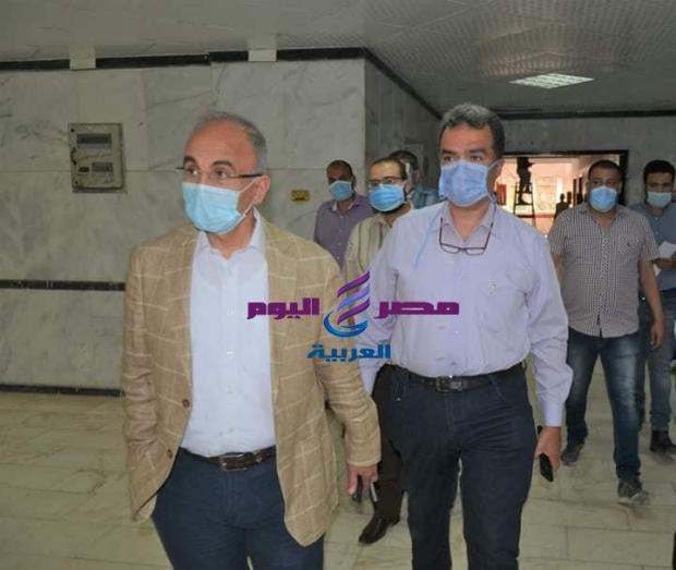 رئيس جامعة الزقازيق يتفقد تجهيزات مستشفي القلب والصدر للبدء في استقبال مصابي كورونا