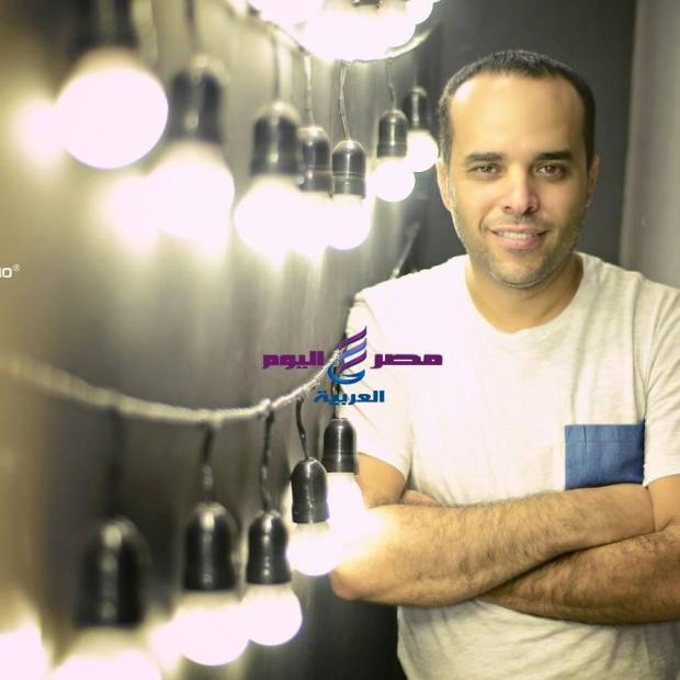 الموسيقار محمد حاتم يشعل السوشيا مديا | محمد حاتم
