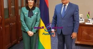 رئيس البرلمان في موريشيوس يستقبل سفيرة مصر