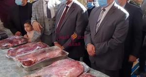 محافظ البحيرة ورئيس جامعة دمنهور يفتتحان معرض الجامعة( خير رمضان للسلع الغذائية)   محافظ