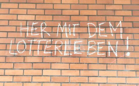 Jahnsporthalle - Graffiti