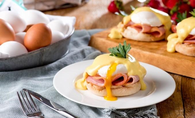 Eggs Benedict | Eggs.ca