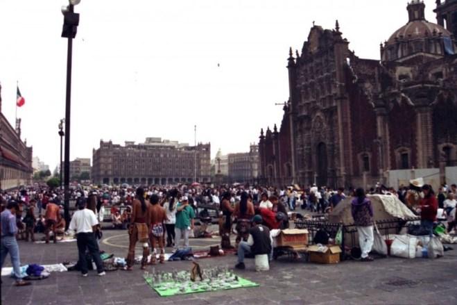 Zocalo 廣場旁邊有一個位於地底的瑪雅博物館。
