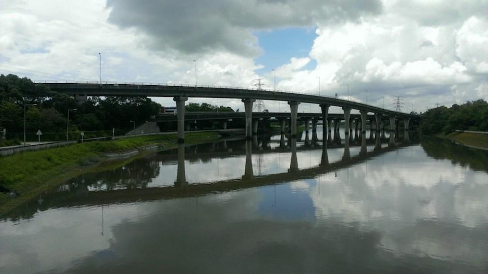 南生圍「入口」-- 錦田河。