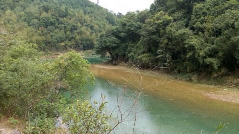 川龍峽河流。