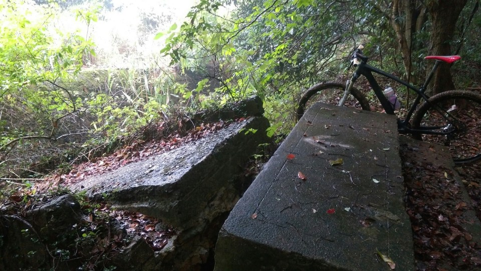 塌下的新桂田左坑石橋。