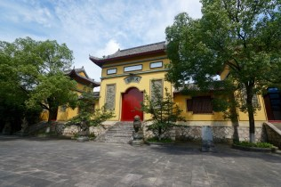 買套票的話,會送大智禪寺的入場票。不過,除了這尊最大的佛像外,這裏的吸引力不高 -- 要入場費的話,就不值得去。