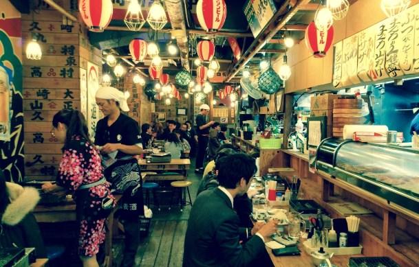 溫暖的夜間食肆。