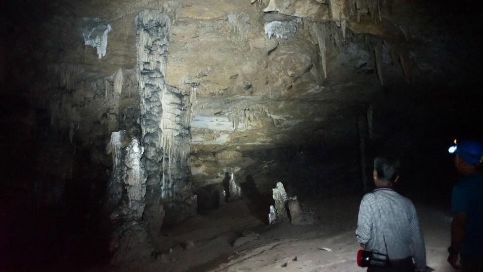 「遊客路線」中最大洞廳,面積約三百平方米。