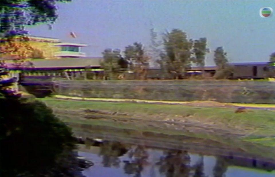 羅湖橋(左)和印度河。