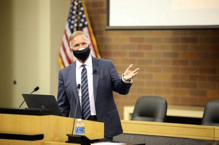 Robert Eglet Presents a seminar at McGeorge School of Law